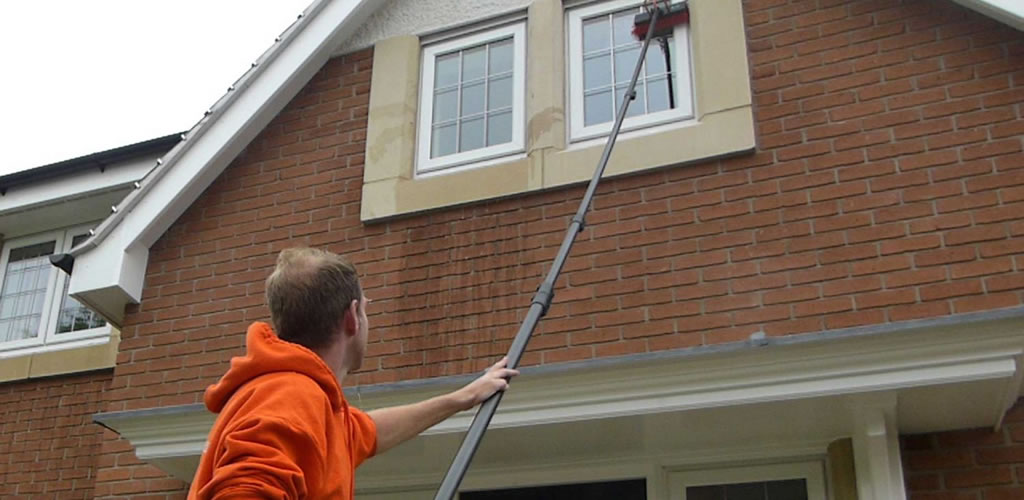 <br/>Domestic Window Cleaning